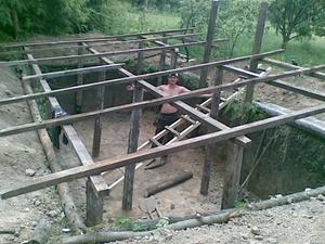 Строительство ямы для разведения кроликов на 200 голов